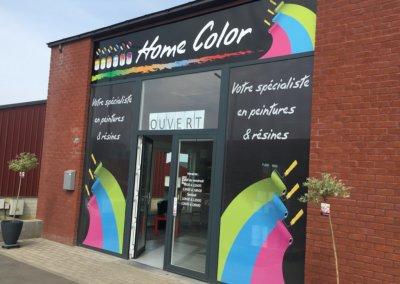 Habillage vitrine micro-perforé et panneau Home Color